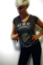 Chaser LA shirt - 69 jeans - H&M vest