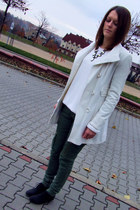 Stradivarius coat - Market boots - H&M sweater - Secondhand pants - H&M necklace