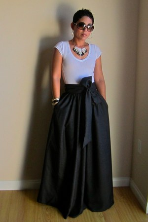 black DIY skirt - white Forever 21 t-shirt