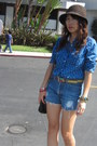 Banana-republic-hat-hollister-shirt-levis-shorts-nine-west-pumps