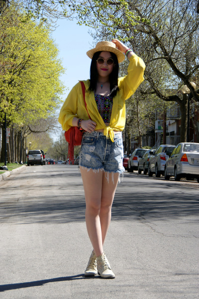 cream lace Urban Outfitters shoes - yellow American Apparel shirt