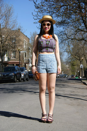 black Forever 21 top - camel H&M hat - light blue Urban Outfitters shorts