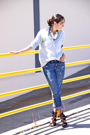 sky blue J Crew jeans - light blue Madwell shirt - black Zara heels