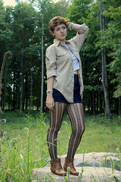 beige old military shirt shirt - gray gabes t-shirt - blue gabes shorts - black