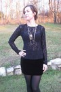 Black-top-black-intimate-skirt-black-tights-purple-shoes-necklace