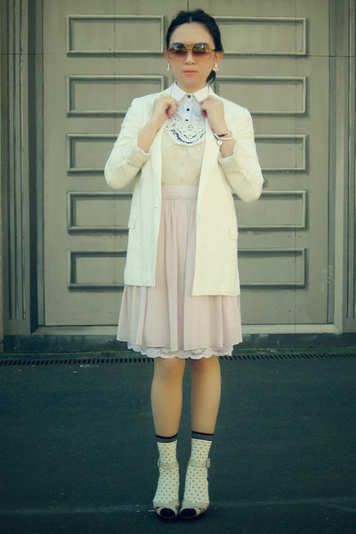 white Zara shirt - white portmans blazer - pink Vintage Shop skirt - white sox g