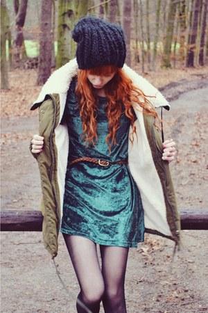 turquoise blue vintage dress - black H&M hat - olive green allegro jacket