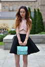 Light-blue-primark-bag-light-pink-stradivarius-top