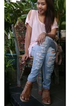 light pink Gaudi top - light blue jeggings ragged leggings - brown wedges