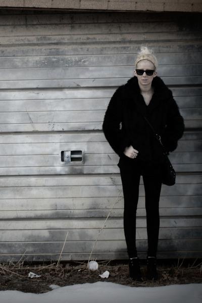 black Zara boots - black faux fur thrifted jacket - black studded thrifted bag