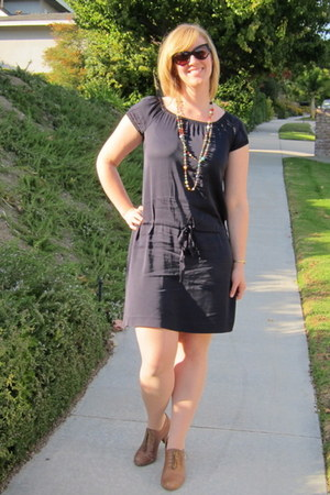 Theory dress - Tom Ford glasses - Steve Madden shoes - Anthropologie necklace