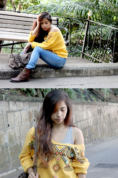 mustard Forever21 sweater - dark brown H&amp;M boots - blue cotton on jeans