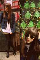 black leather Bimba & Lola boots - navy denim jacket Lee jacket - black Ray Ban