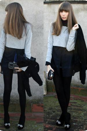 black heels BLANCO heels - black leather jacket BLANCO jacket