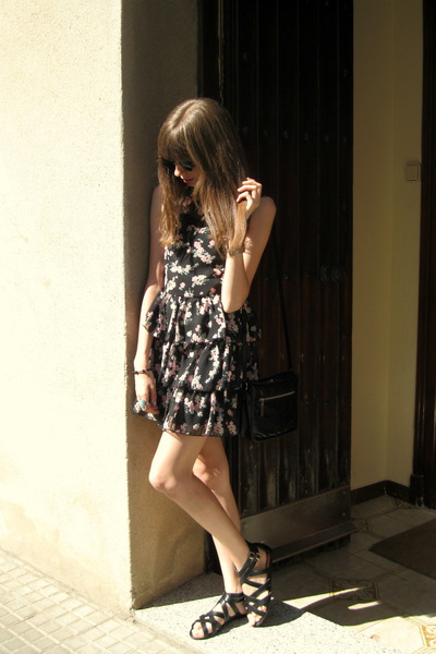 black H&M sandals - light pink Primark dress - black Bimba & Lola bag