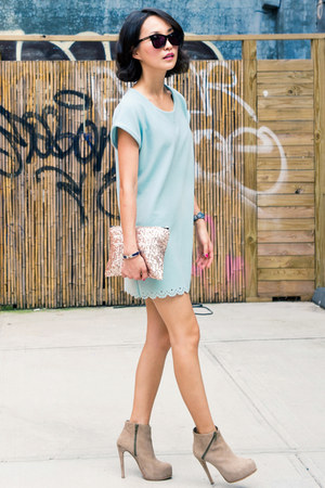 light blue misspouty dress - light pink misspouty bag