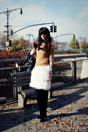 feather DIY skirt - suede stuart weitzman boots - denim Gap jacket