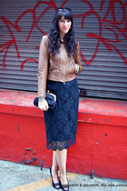 2 Ways To Update a Classic Lace Skirt