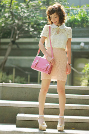 light pink Forever 21 skirt - bubble gum bag - white socks - eggshell heels