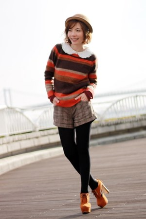 carrot orange striped collect point sweater - camel bowler hat