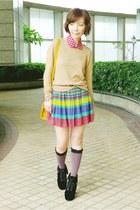magenta pull&bear skirt - black suede boots - camel H&M sweater - mustard bag