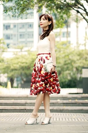 ruby red Choies skirt - white Choies bag - white Choies top