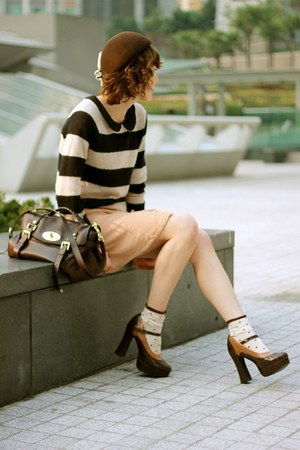 black striped sweater H&amp;M sweater - beige H&amp;M dress - dark brown hat