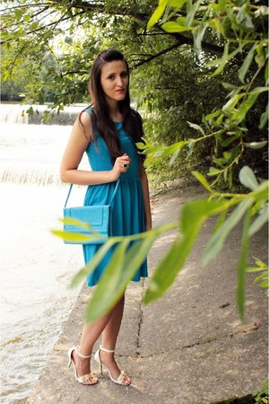 blue H&M bag