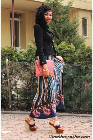 maxi dress - blazer - clutch pieces bag - statement necklace