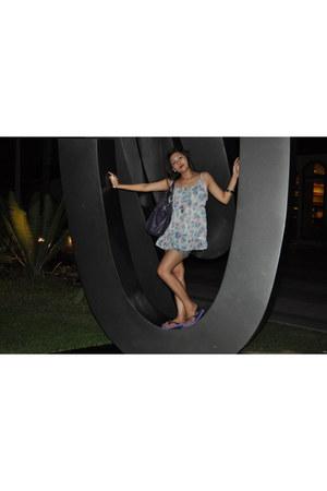 sky blue NafNaf dress - purple havainas flats
