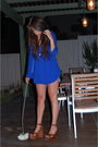 Blue-olive-olivia-blouse-blue-old-old-old-navy-shorts-brown-jeffrey-campbell