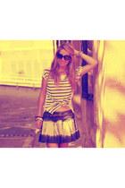 Zara skirt - Ray Ban sunglasses - Marc by Marc Jacobs necklace - Zara t-shirt