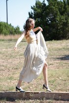 black whhttt shoes - ivory whhttt vintage skirt - beige whhttt vintage top
