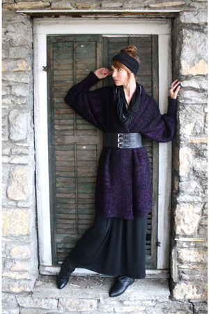purple vintage sweater - black H&M dress - black vintage boots - black modcloth