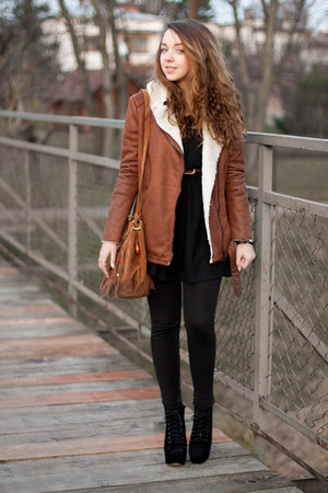 brown Bershka coat - black Czas na buty boots - black H&M dress