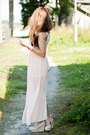 Light-pink-signific-skirt-ivory-papilion-shoes-white-romwe-bag