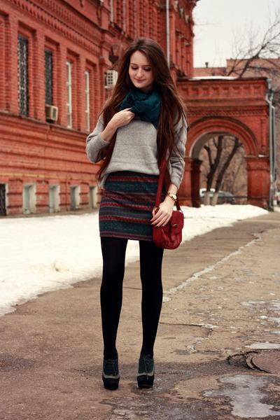 forest green knit ARAFEEL skirt - black wool ostin coat