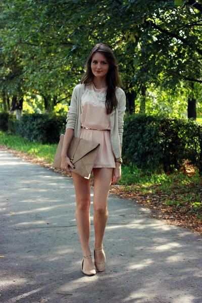 nude leather Zara flats - tan asos bag - beige angora Promod cardigan