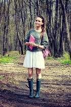 heather gray asos sweater - heather gray Hunter boots - hot pink Accessorize bag