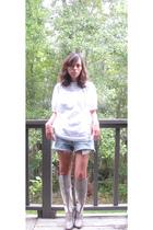 Quiksilver blouse - DIY shorts - 8020 boots