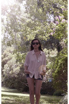 beige silk vintage shirt - blue denim jeans DIY shorts