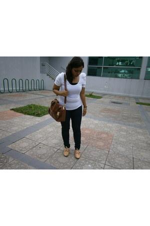 Zara jeans - Vincci shoes - leather bag Charles & Keith bag
