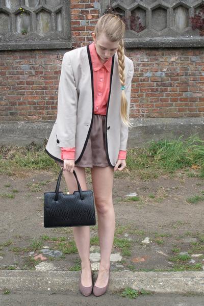 beige vintage jacket - hot pink American Apparel shirt - black vintage bag