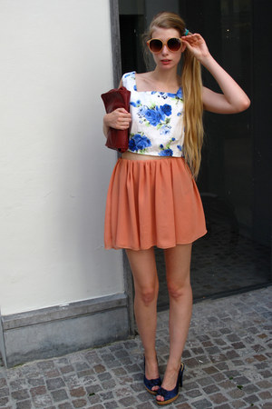 blue vintage top - salmon American Apparel skirt