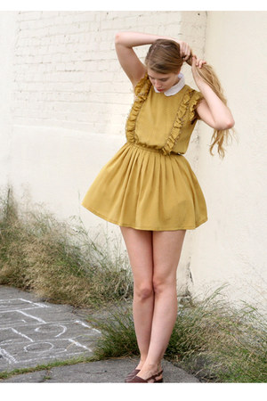 mustard vintage dress - white American Apparel shirt