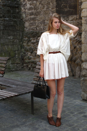 brown Cecil boots - black vintage bag - brown American Apparel belt - ivory COS