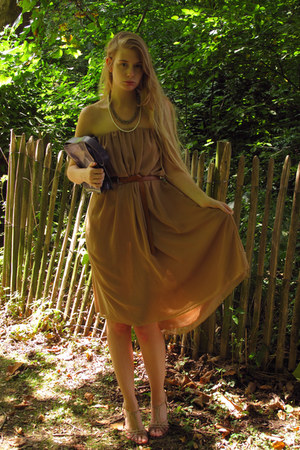 camel American Apparel dress - purple vintage bag - bronze turkish market belt
