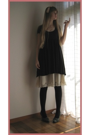 H&M dress - vintage dress - Hanjiro accessories - Store in Hiroshima shoes - Mai