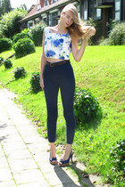 blue vintage top - navy American Apparel pants - crimson American Apparel belt