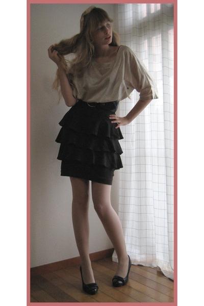 Mikio Sakabe blouse - H&M skirt - H&M belt - Hanjiro accessories - vintage purse